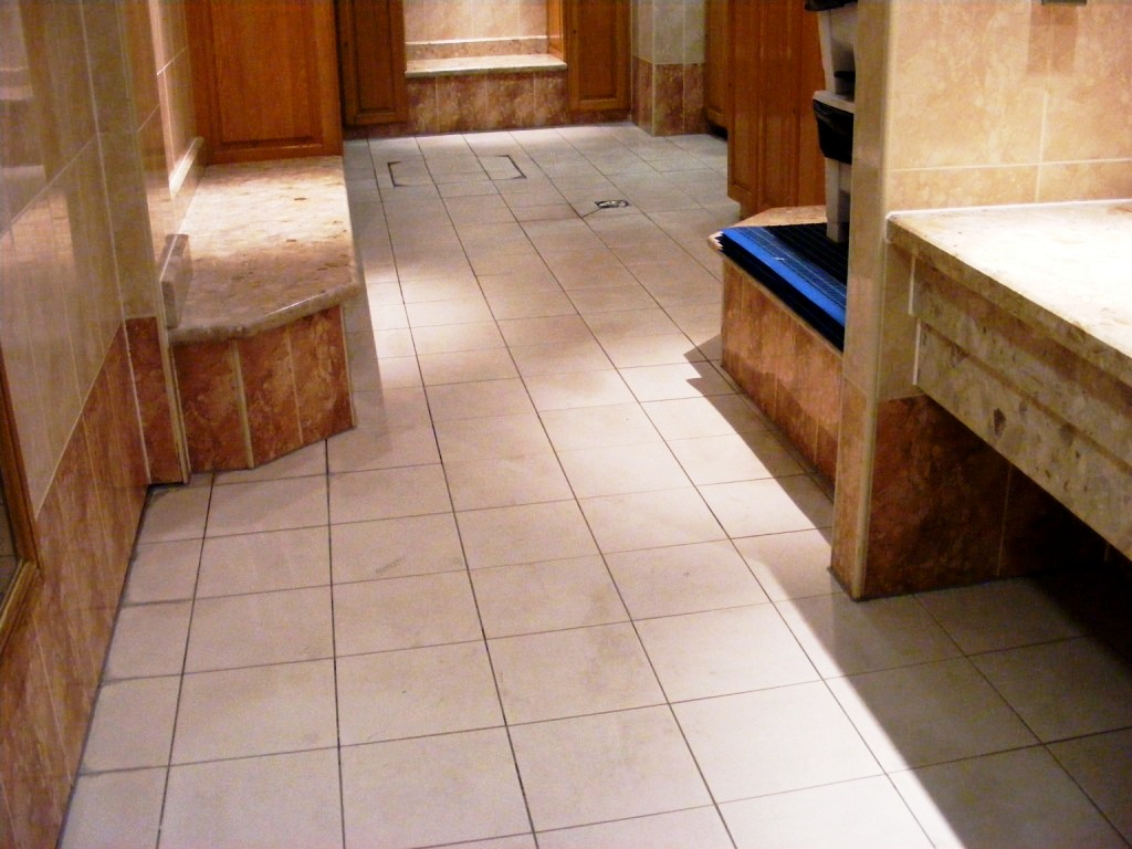 Porcelain tile deep cleaning at a hotel health club hertfordshire health club porcelain floor tiles after cleaning dailygadgetfo Choice Image