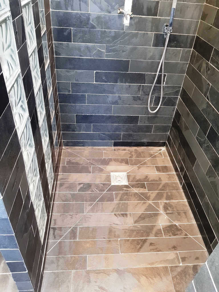 Slate Tiled Bathroom EnSuite Stevenage After Cleaning