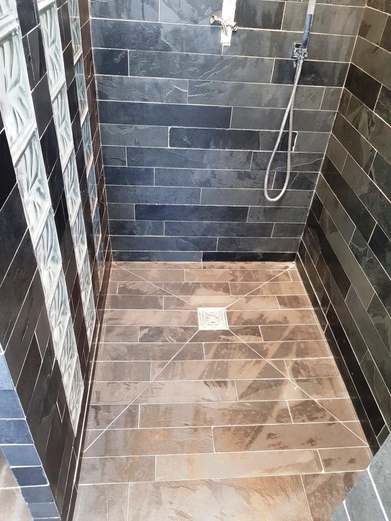 Slate Tiled Bathroom EnSuite Stevenage After Cleaning
